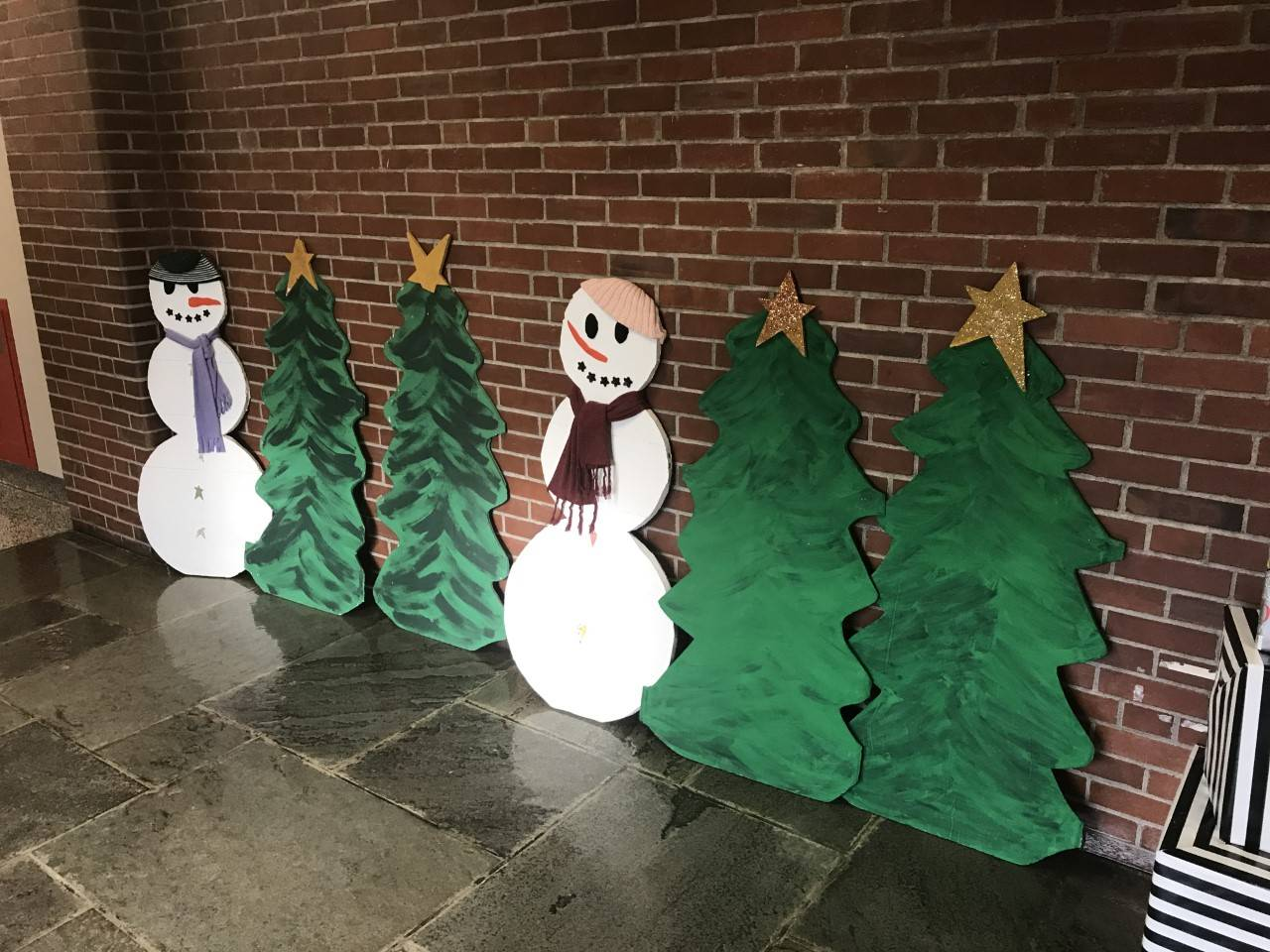 Photo of Intermediate School lobby with holiday decorations