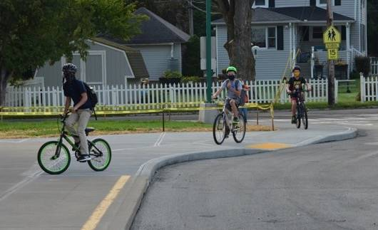 Middle School Students Arrive for 1st day via bike